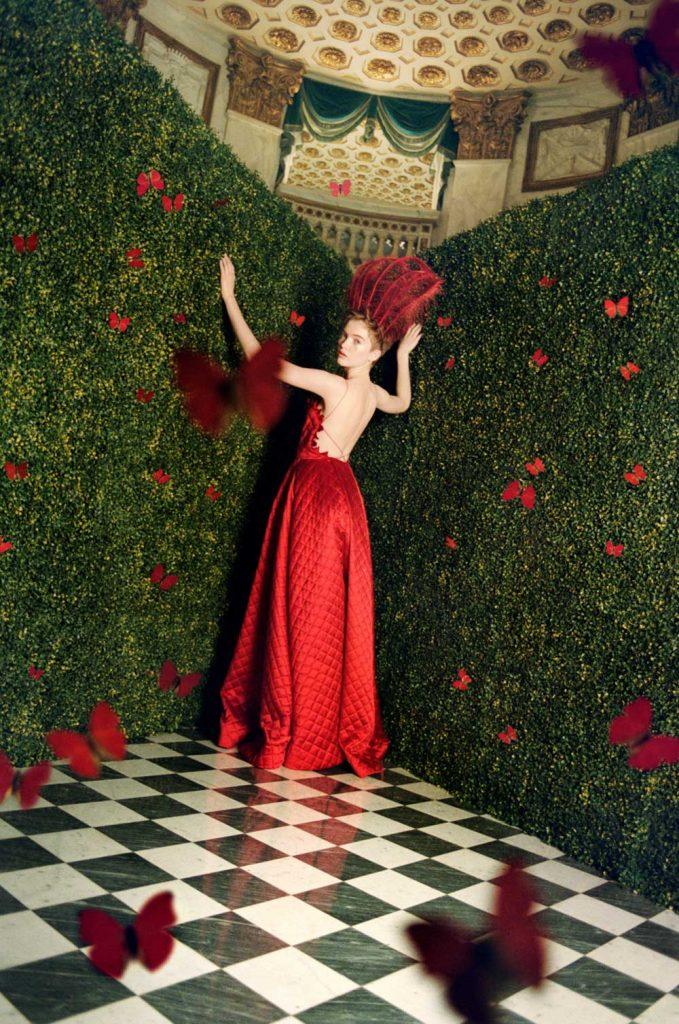 dior Dior, in mostra i 70 anni della Maison parigina VOGUE