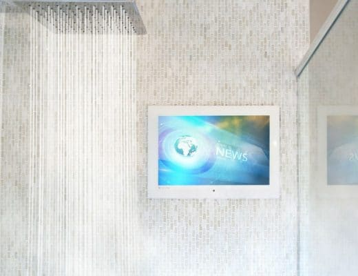 "bagno Bagno ""smart"": il nuovo trend dell'intelligent design seura hydra shower tv 1 520x400"