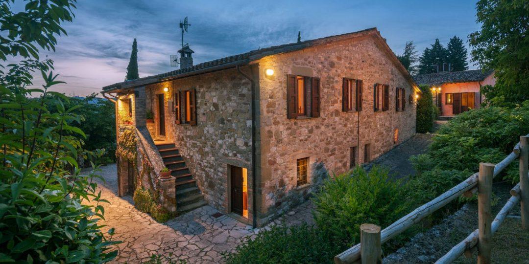 dimora di vibio Dimora di Vibio: un casale esclusivo in vendita nel cuore dell'Italia resort umbria fattoria di vibio3 1 1080x540