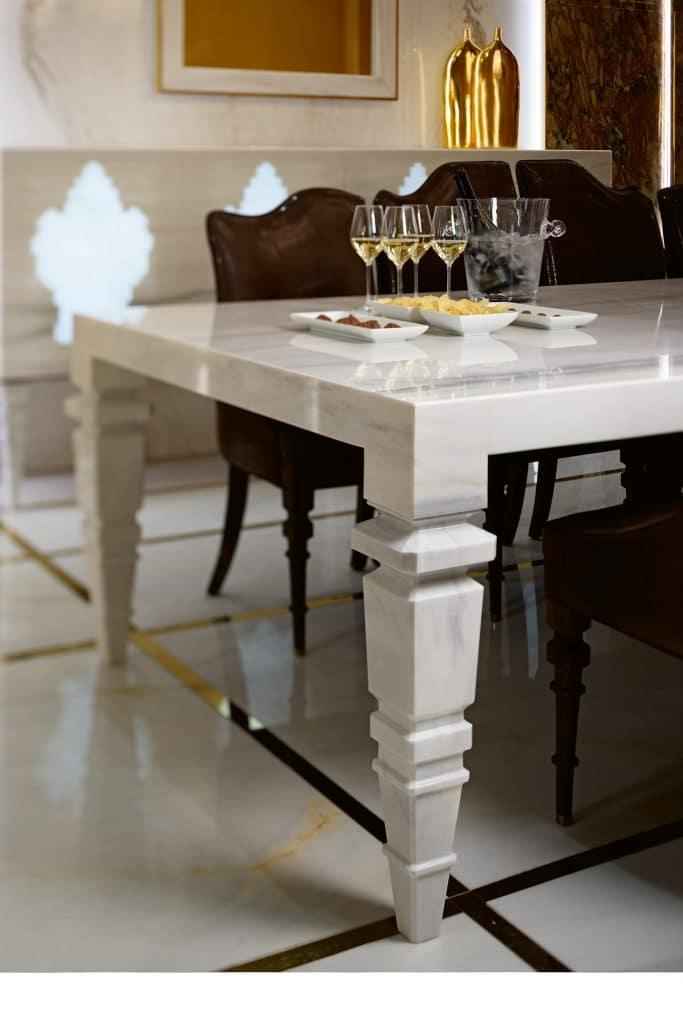 saladapranzo3 sala da pranzo Sala da pranzo: eleganza multicolor per un ambiente raffinato sala da pranzo 5 683x1024