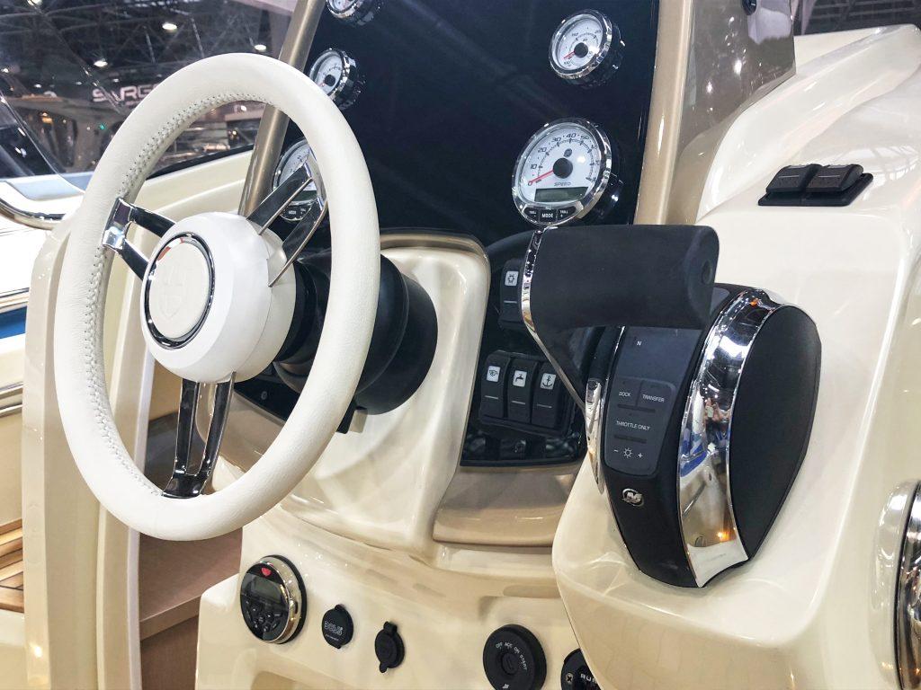 Invictus Yacht 250cx yacht Invictus Yacht 250cx: un concentrato di dotazioni e comfort img 5135 1024x768