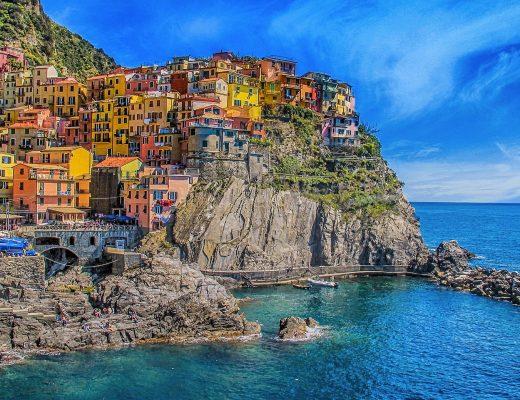 immobili di prestigio Lifestyle: immobili di prestigio vista mare cinque terre 1859688 1920 520x400