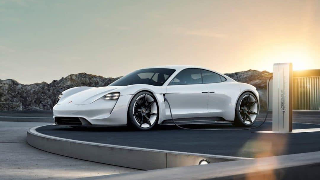 porsche Porsche: ecco la prima sportiva 100% elettrica s18 1826 fine e1529672564311 1080x608