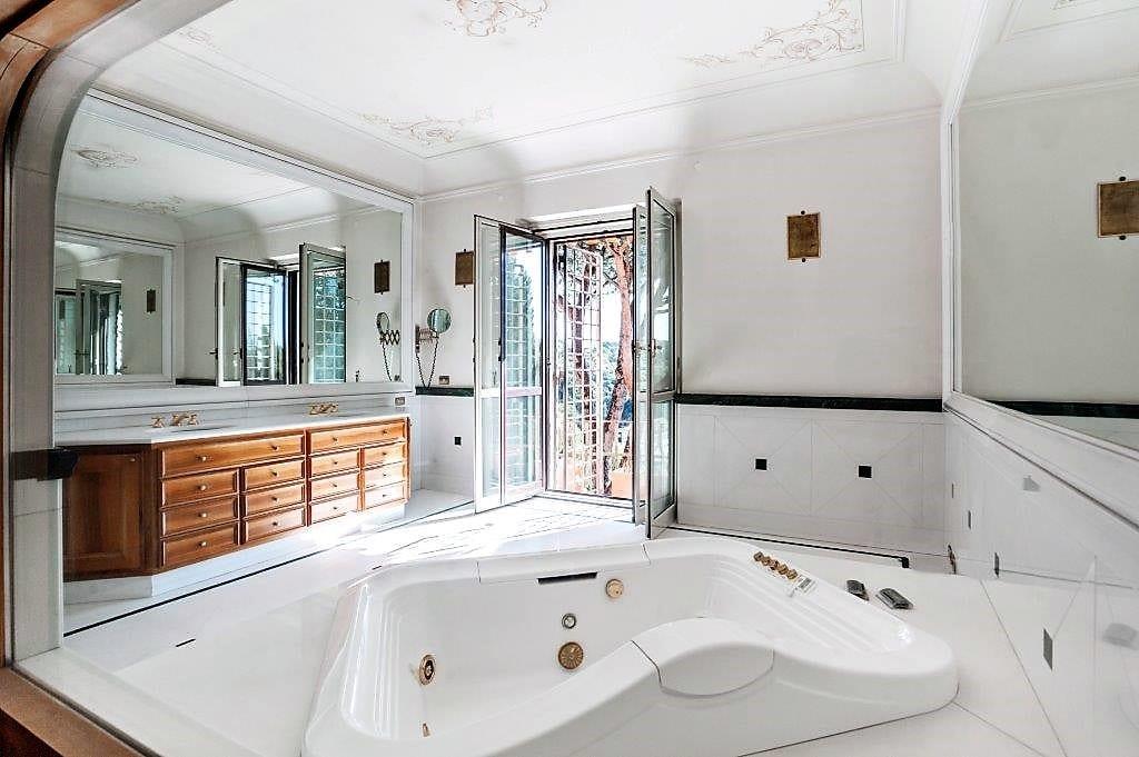 villa balestra villa balestra Villa Balestra: quando l'eccellenza immobiliare sposa il prestigio di un brand 20151017123809 17