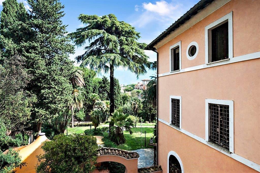 villa balestra Villa Balestra: quando l'eccellenza immobiliare sposa il prestigio di un brand 20151017123811 21