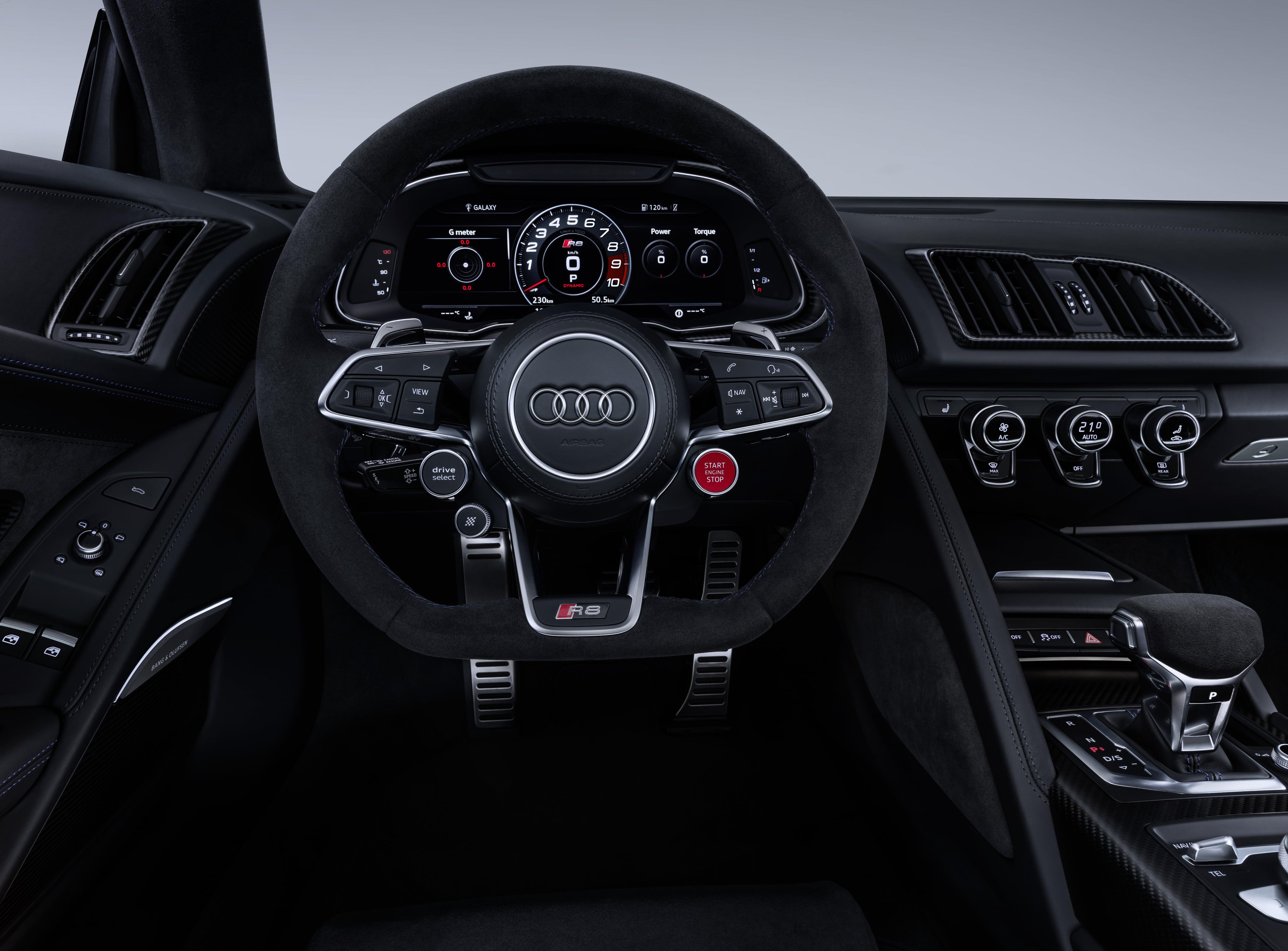 audi r8 audi r8 Audi R8 2019: design aggressivo e performance superiori a1812845 large