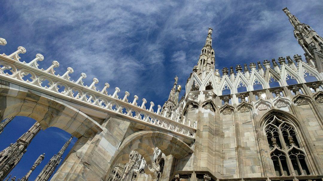 milano Milano e il prestigio dei suoi immobili blue sky 1844758 1920 1080x608