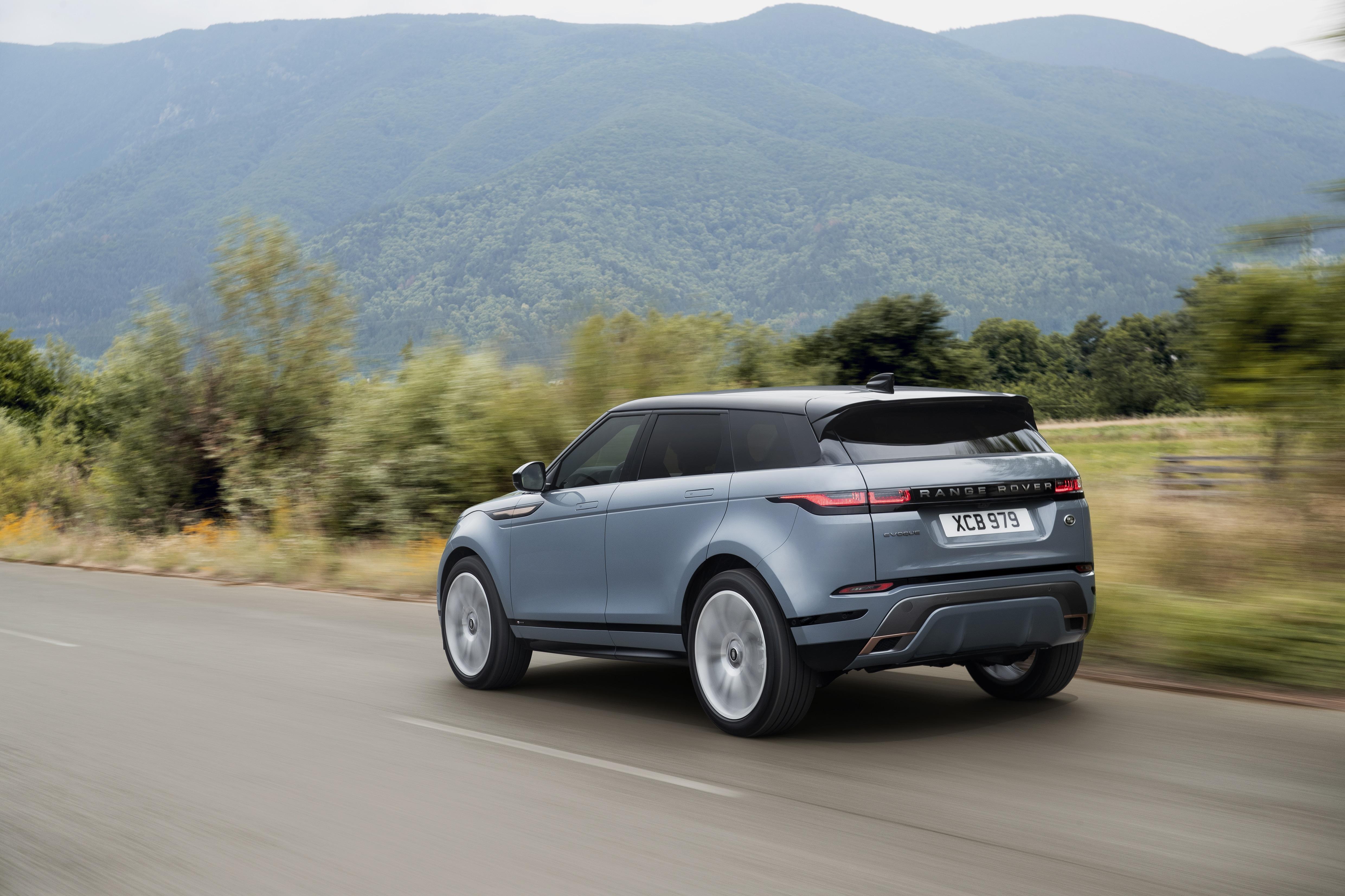 range rover evoque range rover evoque Range Rover Evoque: un suv di lusso per viaggiare in città rr evq 20my dynamic nd 221118 04