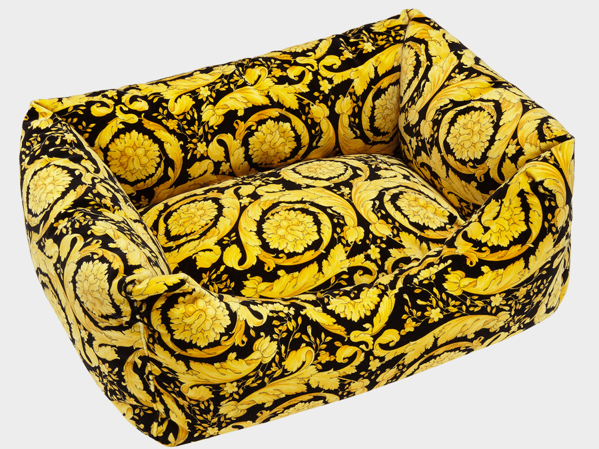 "luxury design  Idee regalo ""luxury"": designer home edition versace barocco print dog bed"