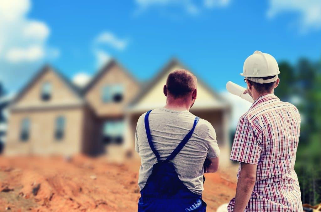 luxury advisor Carriera immobiliare: versatilità e vantaggi esclusivi building 2762342 1920 1 1024x678