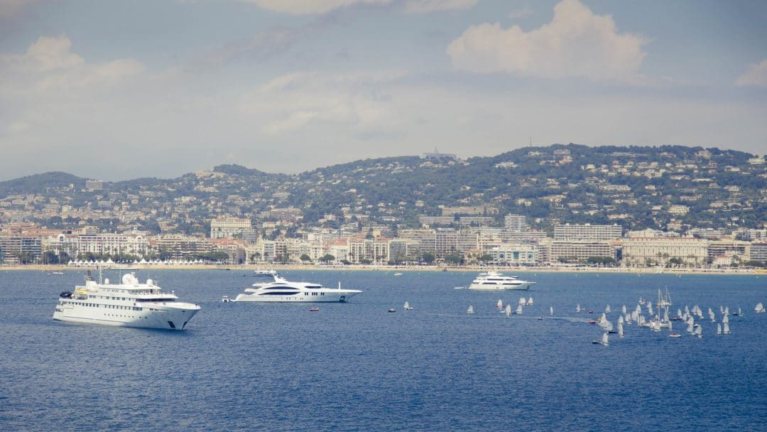 yachting festival cannes Cannes Yachting Festival 2019 sea 812653 1920 1080x608